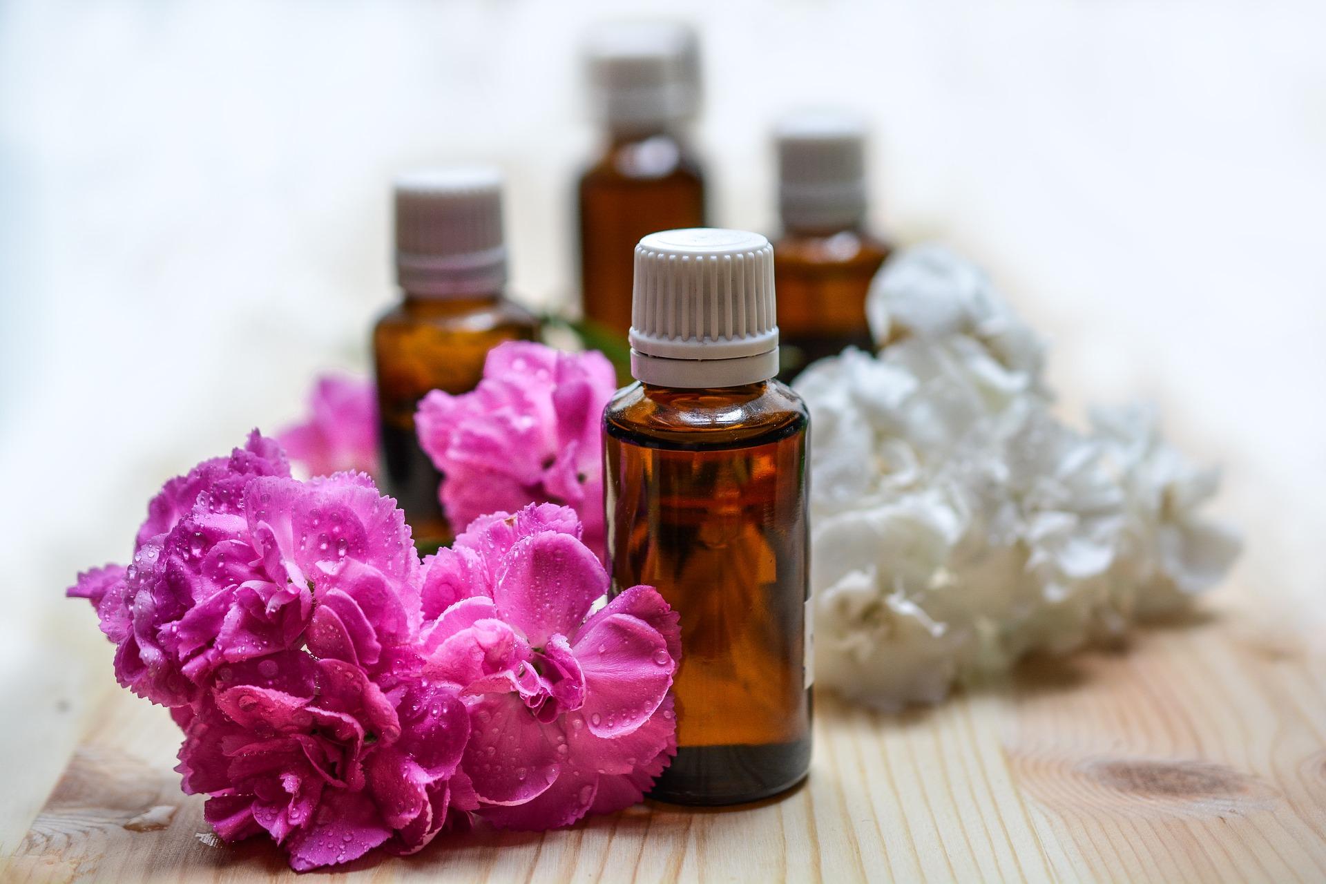 Huiles essentielles naturelles Aromathérapie Santé par les plantes